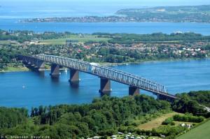 Cyklade över Lilla Bältbron